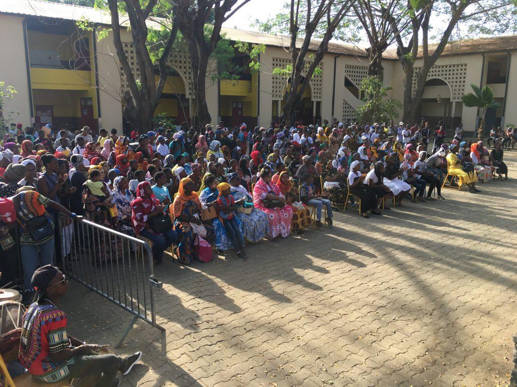Cérémonie républicaine au Collège Bouéni M'titi